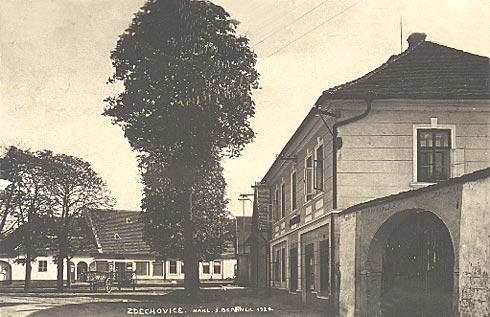 Zdechovice - náves v roce 1929
