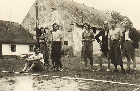 Match na Ovčíně ve Zdechovicích - počátek 40. let - 6