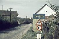 Záčátek obce od Morašic