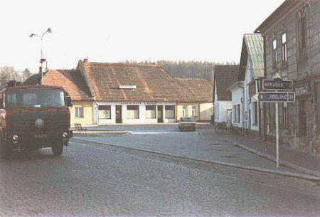 Náves v roce 1997
