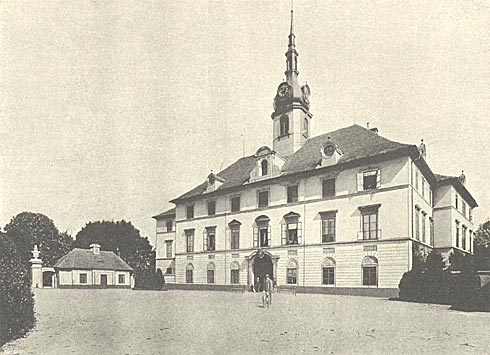 Zdechovice - zámek