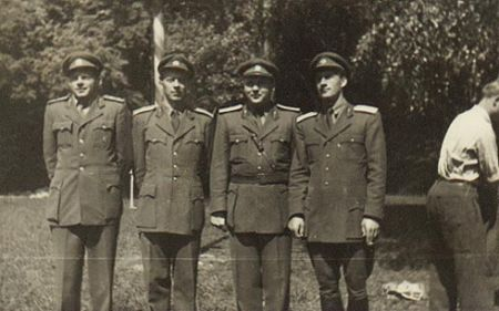 Velitelé 67. PTP ve Zdechovicích